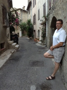 Walking the narrow streets of Haut de Cagnes (Cagnes sur Mer)